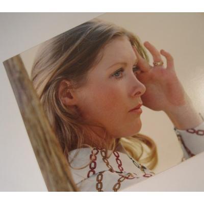 ジャンク雑貨 ビンテージフォト「指輪をした女性の横顔・カラー」