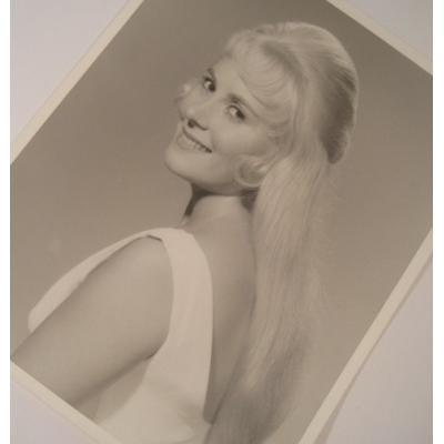 ジャンク雑貨 ビンテージフォト「白いドレスを着たブロンドの女性」