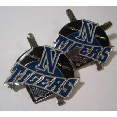 アドバタイジング・組織系 ヴィンテージピンズ「スポーツピンズ Newberg Oregon N Tigers 2005・野球」