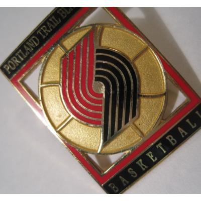 アドバタイジング・組織系 ヴィンテージピンズ「スポーツピンズ・Portland Trail Blazers・バスケットボール 」