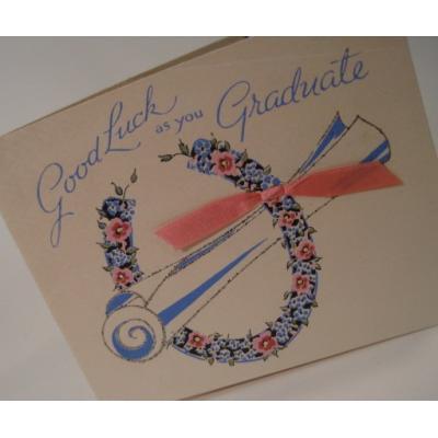 オーナメント&デコレーション ビンテージカード使用済「Good Luck as you Graduate」卒業証書とフラワーリース