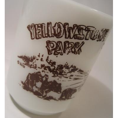 アメリカンミルクグラスブランド 【訳あり・アウトレット】ファイヤーキング・Yellowstone Park・9オンスマグ