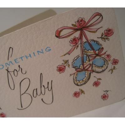 ビンテージカード「Something for Baby」ブルーベイビーブーツ&ピンクローズ