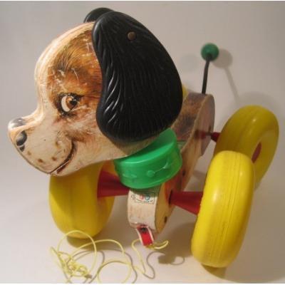 フィッシャープライスとプレイスクールトイなど Fisher Price・フィッシャープライス「1964年Wobbes・ドッグ・プルトイ」