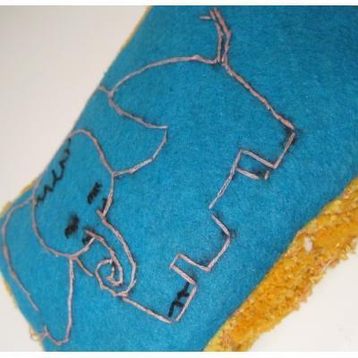 その他 ビンテージ・手作りレトロ・ぞうさん刺繍・ビッグピンクッション