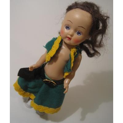 お人形 緑のお洋服を着たおねむり人形
