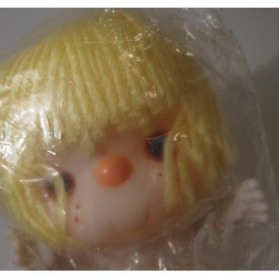 お人形 未使用・未開封・クラフト用・黄色の髪の毛のお人形