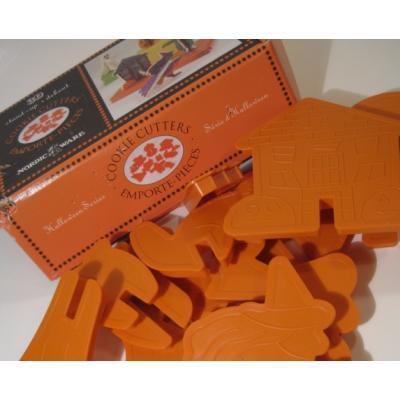 他行事 米国製・Nordic Ware・ハロウィン立体クッキーカッター12個セット・ボックス付