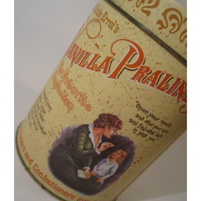Vanilla Pralines・キャンディ・TIN缶