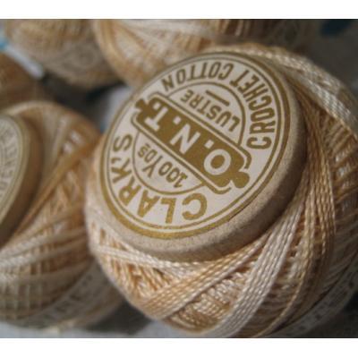 シーツ&ハンドメイド素材 ビンテージ・Clark's Crochet Cotton・アイボリー&ベージュグラデーション・木製スプール【H】