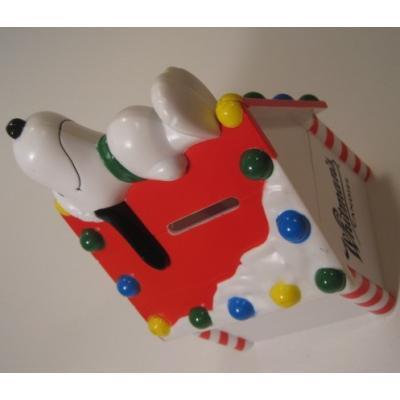 貯金箱 Whitman's Candies・クリスマスの犬小屋でお昼寝スヌーピー・キャンディコンテイナー・貯金箱