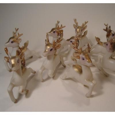 ビンテージクリスマスデコレーション・ホワイトプラスチック製・レトロ金ラメトナカイさん