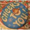 クリスマス 缶バッチ・1980年クリスマス用・Cheers to You!・クリスマスエルフ