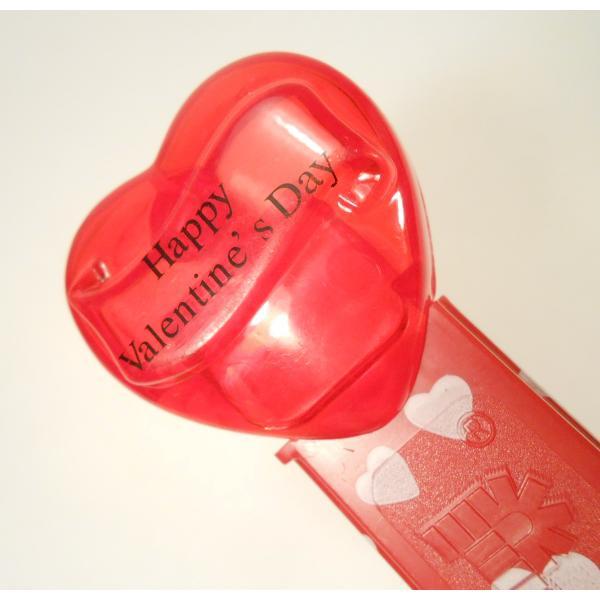 PEZ・ペッツ・バレンタインハート・Happy Valentine's Day・クリアレッドハート&赤ベース白ハートステム・中国製【画像6】