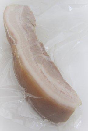 皮付むし豚バラ肉(350g前後)[1袋]